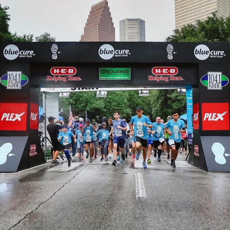 Blue Cure Finish Line Structure - Blue Runners